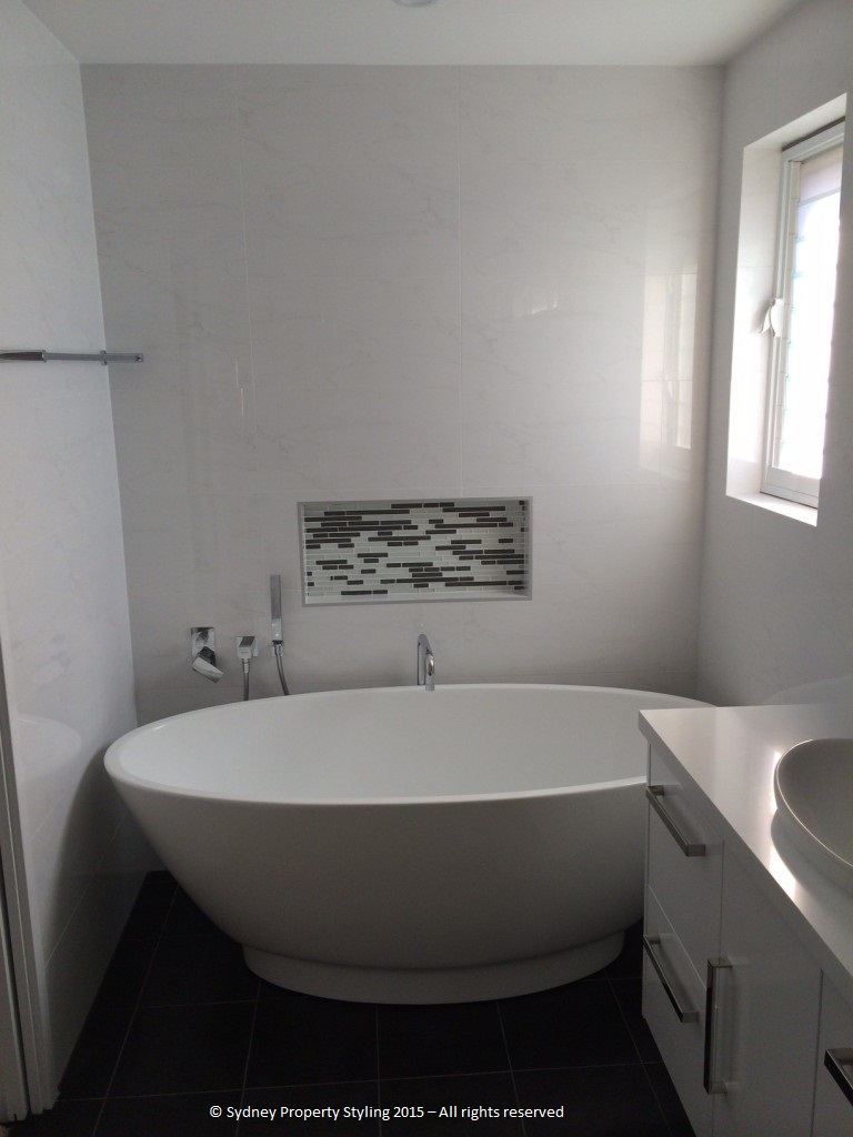 Bathroom Renovation - Westleigh - March 2015 - After 3